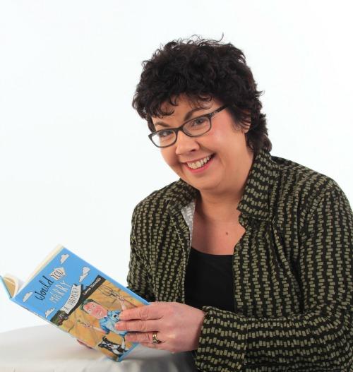 Lorna Sixsmith headshot