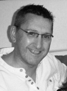 Headshot of Stuart Reid