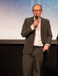 Photo of Olaf Wielk giving a talk