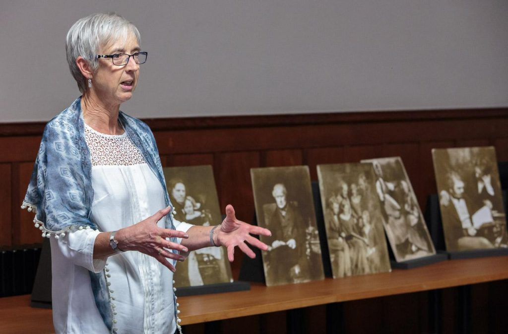 Photo of Ali Bacon lecturing at St Andrews