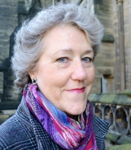 Headshot of self-published author Linda Gillard