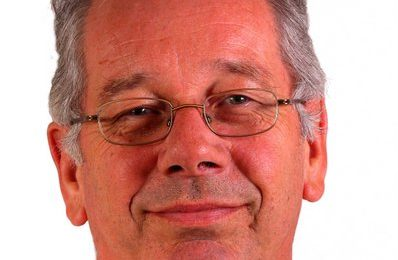 Headshot of James Minter
