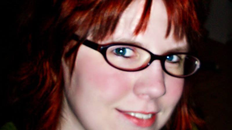 Headshot Of Samantha Warren