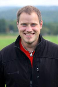 Headshot of Nathan Roten