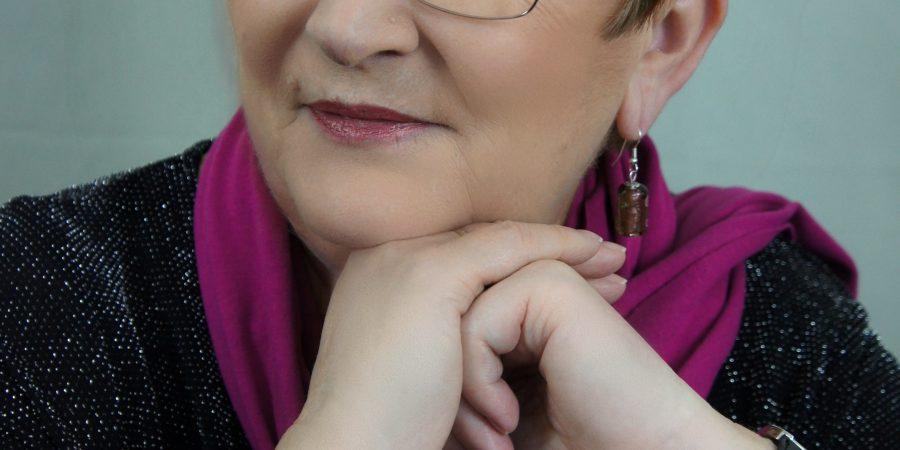 Headshot Of Elizabeth Ducie Aka Kate MCCormick