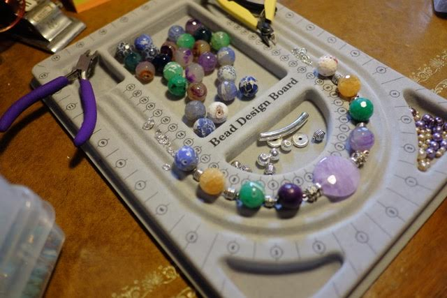 bead board for planning necklace designs